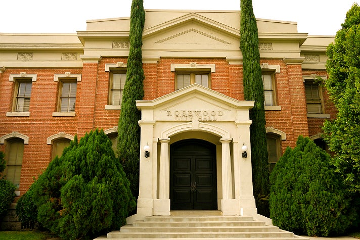 """Rosewood City Hall / Police Department in """"Pretty Little Liars"""" at Warner Bros. Studio"""