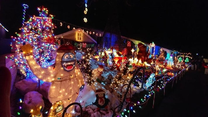 Sleepy Hollow Christmas Lights Extravaganza in Torrance
