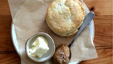 Biscuit with dulce de leche at Playa Provisions